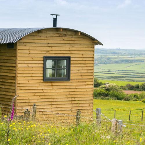 Ynys Hideout Lligwy Anglesey shepherds hut rural views 1920x1080